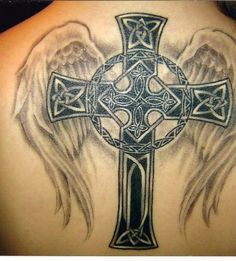 I don't know why but I totally <3 this tatt