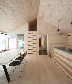 Chalet Modern, Plywood Interior, House Stairs, Cabin Design, House In The Woods, Interior Architecture, House Plans, New Homes, House Ideas