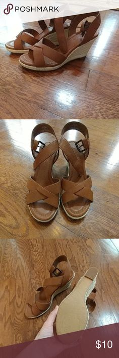 NWOT, Leather-like Wedge Sandals Never been worn, Brown, wedge sandals Pesaro Shoes Wedges