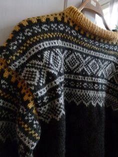Knitting Stitches, Knitting Designs, Hand Knitting, Hand Knitted Sweaters, Knitted Hats, Norwegian Knitting, Fair Isle Knitting, Autumn Winter Fashion, Winter Style