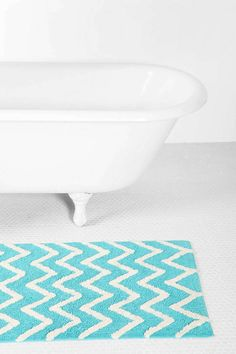 Turquoise chevron rug for bathroom--want it!