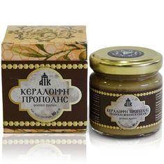 This excellent wax-cream contains alcoholic solution of propolis, St John's Wort oil, chestnut honey, beeswax and attar. It is effective in the treatment of dermatitis. Available in 80gr and 35gr. / Αυτή η εξαιρετική κεραλοιφή περιέχει αλκοολούχο διάλυμα πρόπολης, σπαθόλαδο (βαλσαμέλαιο), μέλι καστανιάς, μελισσοκέρι και ροδέλαιο. Επιδρά καταλυτικά στην αντιμετώπιση των δερματοπαθειών, όπως ξηροδερμία, επούλωση πληγών και εγκαυμάτων, χιονίστρες, σχισμές, ραγάδες, κνησμοί και κοψίματα.