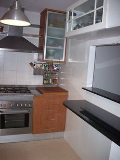 la cocina con pasaplatos de ro100 | Decorar tu casa es facilisimo.com