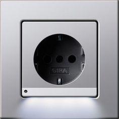 SCHUKO-Steckdose mit LED-Orientierungsleuchte - Designvarianten