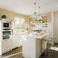 10 cocinas pequeñas ¡bonitas y prácticas! · ElMueble.com · Cocinas y baños                                                                                                                                                                                 Más