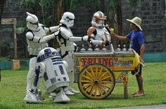 The ice cream vendor is a jedi. Ehehehe may the ice cream be with you. Being a geek. It's more fun in the philippines. Star Wars Baby, Star Wars Humor, Clone Trooper, Good Night, More Fun, Pop Art, Monster Trucks, Funny Pictures, Geek Stuff