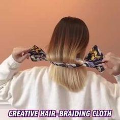 Thick Curly Hair, Curly Hair Styles, Natural Hair Styles, Tips Belleza, Hair Dos, Braided Hairstyles, Hair Clips, Beauty Hacks, Hair Makeup
