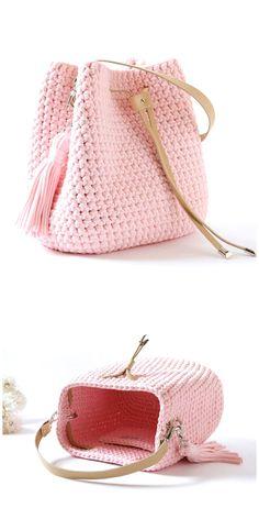 Pink bucket bag with tassel Woven everyday bag Crochet shoulder handbag Summer beach bag Casual textile crossbody purse Valentines gift Free Crochet Bag, Crochet Tote, Crochet Handbags, Crochet Purses, Cute Crochet, Hand Crochet, Crochet Twist, Crochet Granny, Crochet Crafts