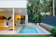 Multi-award winning architect designed home in Byron Bay with a complete transformation of the existing buildings into a modern luxury 4 bedroom house and studio Beach House Interior Design, House Exterior, Outdoor Entertaining Area, Backyard Inspo, House Design, Backyard Design, Bungalow, Building A House, Small Backyard Design