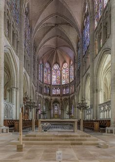 Troyes Cathedral, Altar and Choir 20150104 1 - Troyes Cathedral - Wikipedia, the free encyclopedia