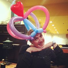 Check out this AMAZING HAT our balloon artist made for the birthday girl!
