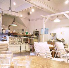 【フエ°】大阪市福島区 真っ白なインテリが素敵♪まったりするのにお勧めなカフェ