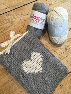 LoveCrochet |  A perfect weekend make! Learn a new skill and crochet Kate Eastwood's darling tablet cover using the intarsia method!  This little tablet cover is the perfect quick make for a weekend a