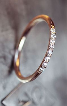 Thin pave diamond band