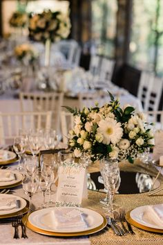 Table Settings, Table Decorations, Furniture, Home Decor, Outdoor Ceremony, Centerpieces, Mesas, Wedding, Homemade Home Decor