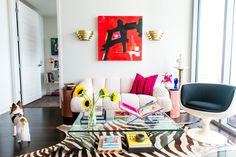 Bold, colorful, and vintage — if that's your goal, take a peek at Allison's resource lists from her unforgettable Austin apartment to shop her style and instantly fill your space with colorful kitschy decor!