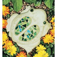 as stepping stones through Lily's butterfly garden Art Sets For Kids, Craft Kits For Kids, Mosaics For Kids, Stepping Stone Molds, Mosaic Kits, Mosaic Supplies, Cute Frogs, Mosaic Crafts, Yarn Shop
