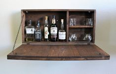 "Figure out additional relevant information on ""gold bar cart decor"". Browse through our web site. Diy Home Bar, Diy Bar, Bars For Home, Whisky, Murphy Bar, Home Bar Furniture, Furniture Ideas, Bar Shelves, Shelving"