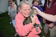 A Long Island woman cries with joy after firefighters rescue her cat from a well http://nyp.st/1JCeF9X