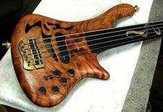 Jerzy Drozd 5 string Legend bass