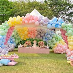 Unicorn Birthday, Baby Birthday, 1st Birthday Parties, Rainbow Birthday, Garden Birthday, Rainbow Theme, Rainbow Party Decorations, Birthday Party Decorations, Party Themes