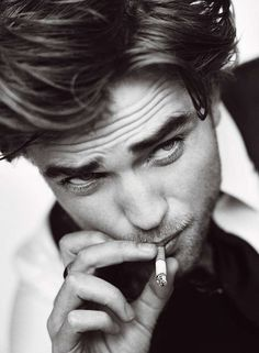 Robert Pattinson is a funny guy & pretty damn HOT to boot