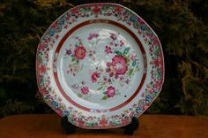 OCTAGONAL 18th Cent Famille Rose plate  I wish this was in my collection❤