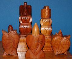 vintage HAWAIIAN carved wood perfume John Oya w Waikiki decal Hawaiian Art, Vintage Hawaiian, Carved Wood, Decal, Perfume Bottles, Carving, Woman, Gifts, Beauty