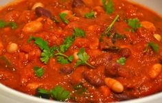 Learn how to make a stew recipe with the classic flavor of a Hungarian goulash with this Hungarian Bean Goulash recipe from Adele of Vegie Head. In the healthy cooking realm, this may be one of the best bean recipes. Bean Recipes, Vegetarian Recipes, Healthy Recipes, Hearty Stew Recipe, Dinner Menu, Dinner Recipes, Vegetable Lo Mein, Hungarian Recipes, Hungarian Food