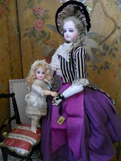 ~~~ Rare Figure A Tiny Size 0 French Bisque BeBe by Steiner ~~~