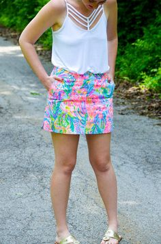 Lilly Pulitzer Nicki Skort in Fan Sea Pants. Summer preppy style outfits