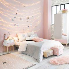 Un lampe de chevet rose pour la chambre d'enfant, Maisons du Monde