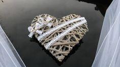 Svatební dekorace, výzdoba na auto nevěsty SRDCE / Zboží prodejce MONEO73 | Fler.cz Deco, Diamond, Bracelets, Wedding Cars, Jewelry, Hearts, Wedding Ideas, Bangles, Jewlery