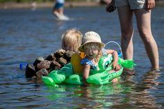Kesän aikana hukkunut huomattavan paljon lapsia – Asiantuntija neuvoo, miten toimia lapsen kanssa rannalla   Yle Uutiset   yle.fi Outdoor Decor
