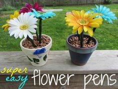 how to make super-easy, beautiful flower pens for Teacher Appreciation Week or Mother's Day (or any occasion!) #weteach