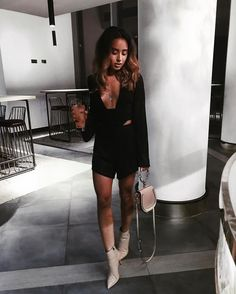 Fashion Mastery Begins By Reading These Tips And Tricks – Designer Fashion Tips Semi Formal Outfits, Dressy Outfits, Fashion Killa, Fashion Addict, Sexy Little Black Dresses, Daily Fashion, Fashion Tips, Couture Fashion, Dress To Impress