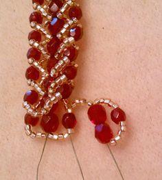Double Row Flat Spiral Stitch Bracelet Tutorial |