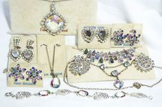 Vintage ANTIQUE Silver German Rheinkiesel Iris PARURE JEWELRY SET LOT ART DECO !                            Seller information  justinsublime (1261  )      100% Positive feedback  Save this seller  See other items     AdChoice  Item condition:--  Time left: 6d 02h (Nov 26, 2012 19:44:41 PST)  Current bid:US $2.25  [ 2 bids ]