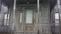BuddyTV Slideshow | 'Bates Motel' Set Photos: A Closer Look at Creepy Home, Motel, Juno and Even Alfred Hitchcock!