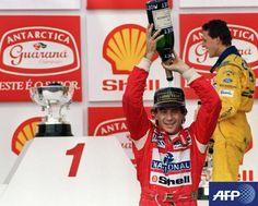 Veinte años después, la Fórmula 1 rindió homenaje a Senna en Ímola.