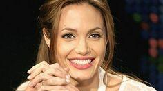 Angelina-Jolie-AP2