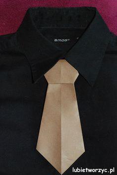 If you just happen to run out of ties... ;)  #lubietworzyc #origami #handmade #rekodzielo #instrukcja #howto #instruction #handcraft #craft #krawat #折り紙 #elorigami #摺紙 #DIY #paperfolding #corbata #领带 #necktie #tie