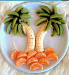 Tropisch fruit om je tanden in te zetten! Gerepind door www.gezinspiratie.nl #fruit #funnyfruit #kinderen #eten #smullen
