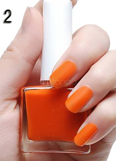 Here are some tips for simple matte nail art designs for beginners. These designs will decorate your nails and make you look pretty and gorgeous. Matte Nail Polish, Acrylic Nails, Nail Art Designs, Glitter Nail Paint, Different Types Of Nails, Nail Art Salon, Nail Art Supplies, Shiny Nails, Metallic Colors