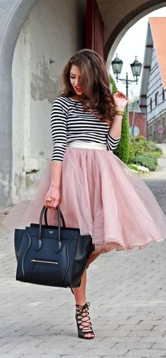 How to wear a tulle midi skirt   TOPISTA