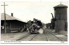 Mount Pleasant, Michigan, Pere Marquette Railroad Train Depot, 1910 ...