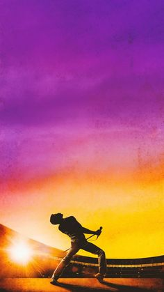 In case some of u need a new wallpaper, # All you need is Queen(Bohemian Rhapsody)! Queens Wallpaper, Music Wallpaper, New Wallpaper, Band Wallpapers, Movie Wallpapers, Queen Rock, Queen Banda, Rock Poster, Plakat Design