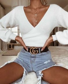 Crop top outfits - Oversized Tie Back Knitted Wrap Front Sweater Crop Tops – Crop top outfits Crop Top Outfits, Cute Casual Outfits, Fall Outfits, Cute Sweater Outfits, White Crop Top Outfit, Sweater And Jeans Outfit, Jumper Outfit, Long Sleeve Outfits, Dinner Outfits