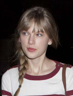 Taylor Swift - Female Celebrities Who Don't Need Any Make Up to Look Great
