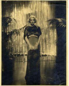 marlene dietrich, shanghai express, 1932.